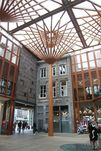 Mosae forum - Maastricht - Arch. J. Coenen - Ph. JC. Bignon